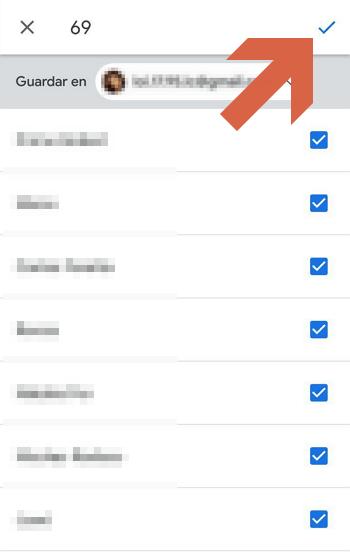 Como pasar contactos de un telefono a otro usando Google paso 6