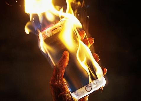 por que se calienta el celular