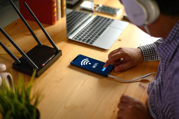 How to fix Wi-Fi connection problems by approaching your devices