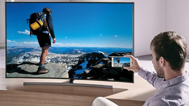 Cómo duplicar la pantalla de un Android en la TV usando cables y adaptadores